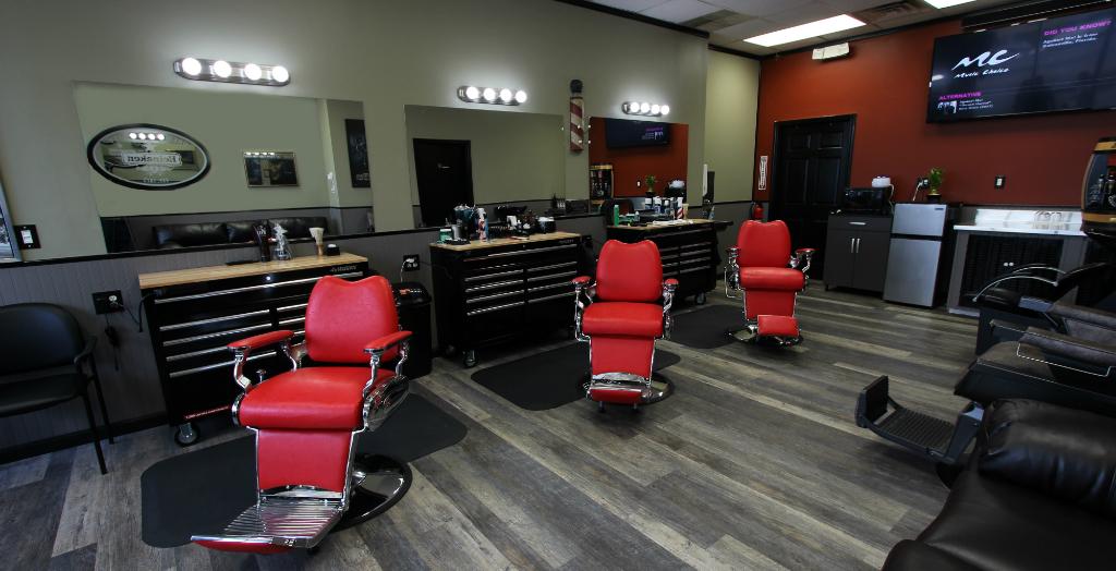 Barbershop 901 Slide 1